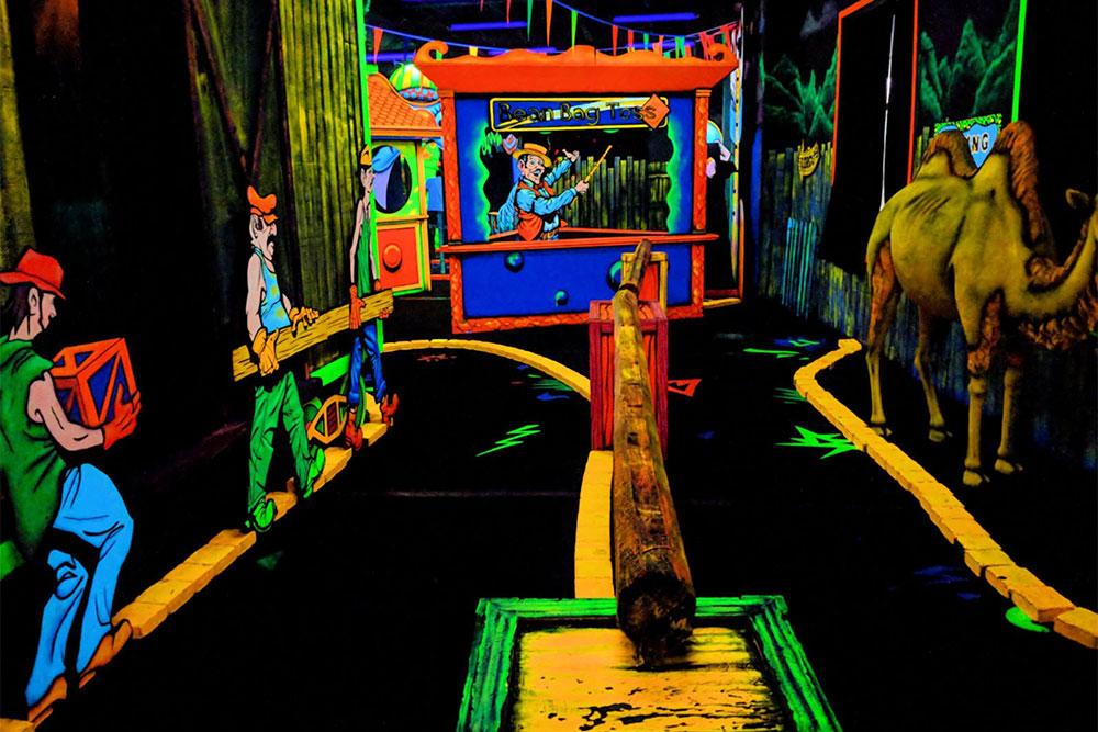 Circus Golf (Slider Image 6) | Gatlinburg Attractions