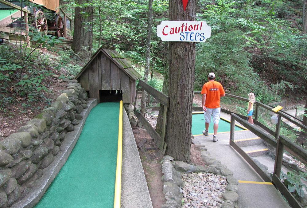 Hillbilly Golf (Slider Image 11)   Gatlinburg Attractions